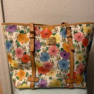 Dooney and Bouke floral tote bag